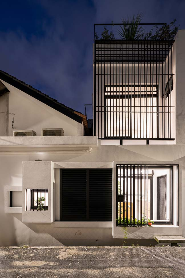 Jose House by Fabian Tan Architect