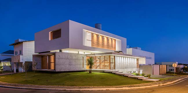 IF House by Martins Lucena Architects
