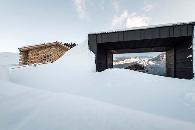 Zallinger: a scattered Hotel at high altitude by noa*