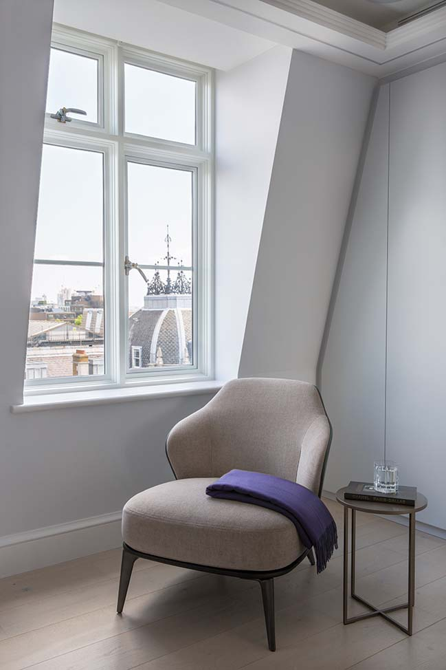 Mayfair Penthouse by Maurizio Pellizzoni