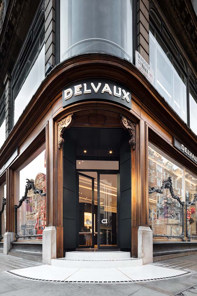 The new London Boutique of Delvaux by Vudafieri-Saverino Partners