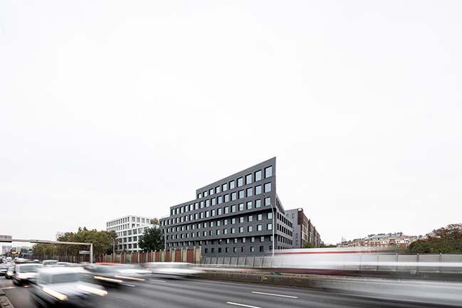 Mix of commercial activities Binet - Paris XVIII by ECDM Architectes