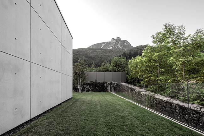 Casa MF by Studio Raro Architetti Associati