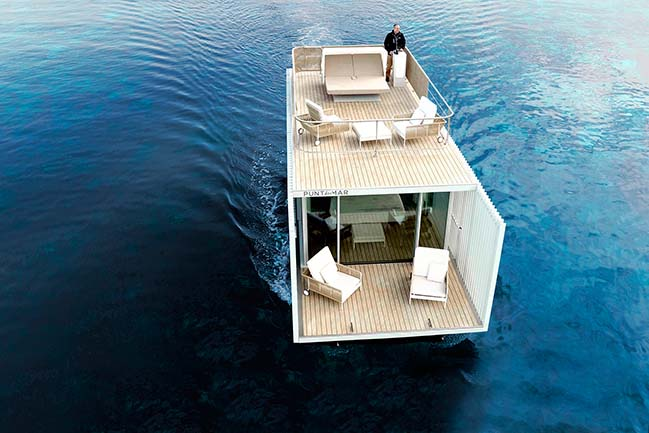 Punta de Mar - A floating accommodation by Mano de Santo