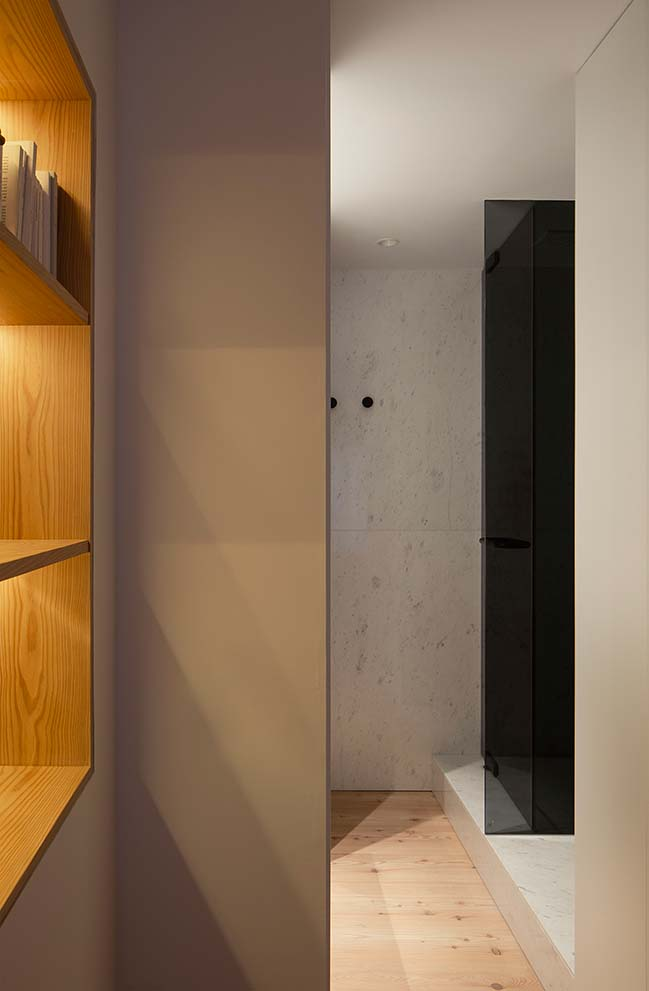 Ana Apartment in Madrid by Francesc Rifé Studio
