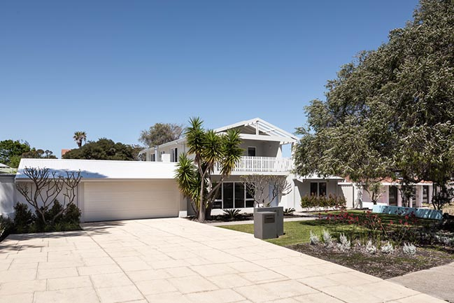 Surfmist House in Perth by Sandy Anghie Architect
