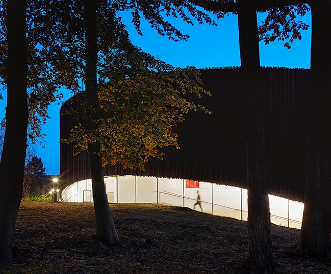 GW Annenberg Performing Arts Centre at Wellington College by Studio Seilern Architects