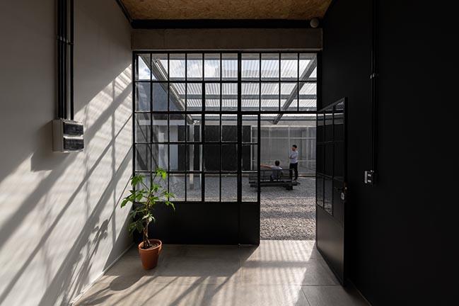 UVE Saint Agustíne by Además arquitectura