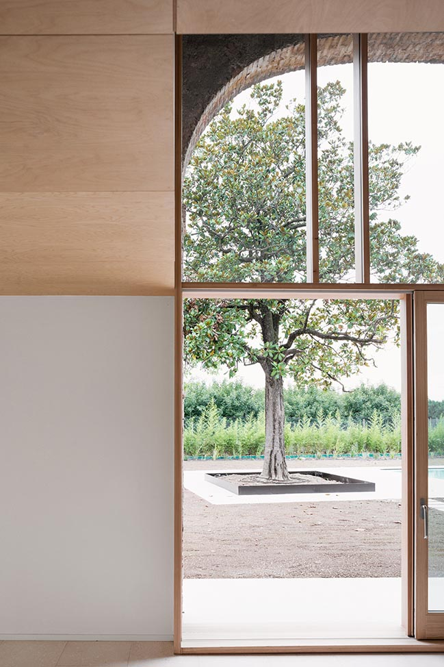 A country home in Chievo by studio wok