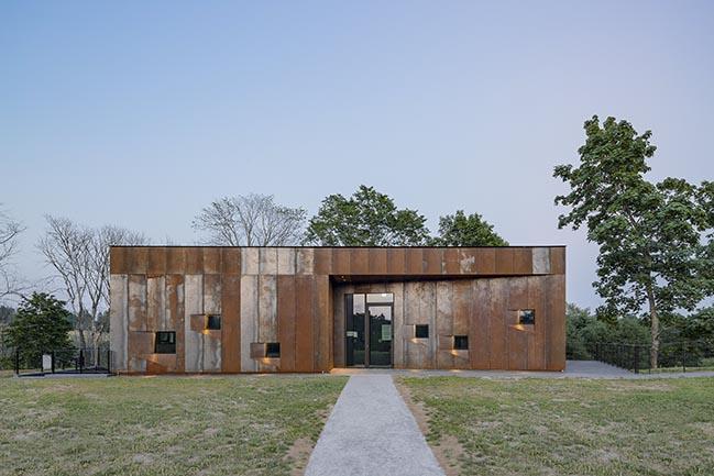Pilgrims' House in Vastseliina by KAOS Architects