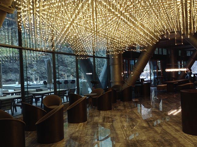 Shimao Wonderland Intercontinental by JADE+QA