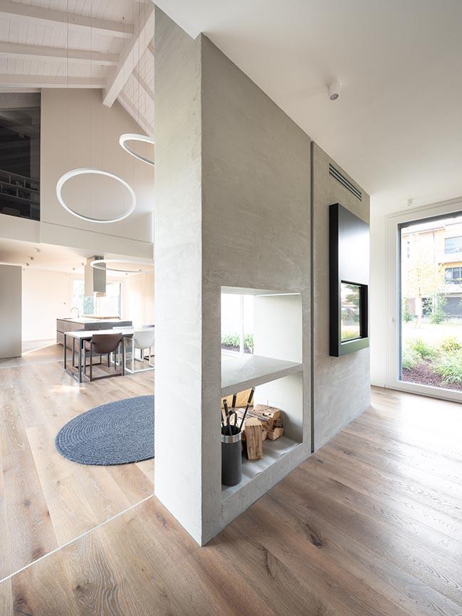 HHCR House by Studio NatOffice