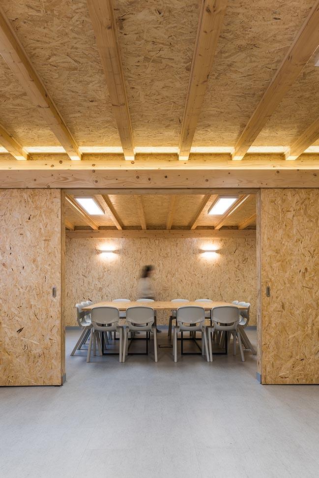 Casa dos Pastorinhos by Linha de Terra Arquitectura