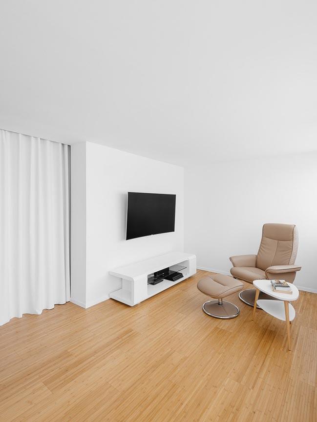 Tuzzare Apartment in Lisbon by do mal o menos