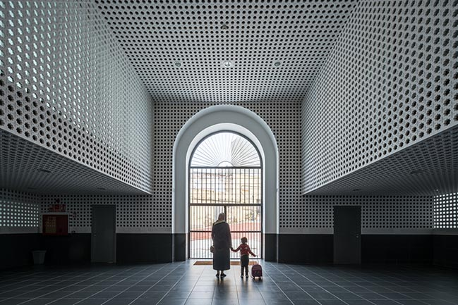 Old Melilla Market Refurbishment by Ángel Verdasco Arquitectos