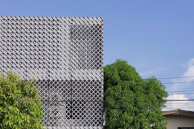 Phra Pradeang House by all(zone)