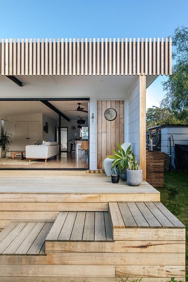 Burrill Lake House by Jost Architects