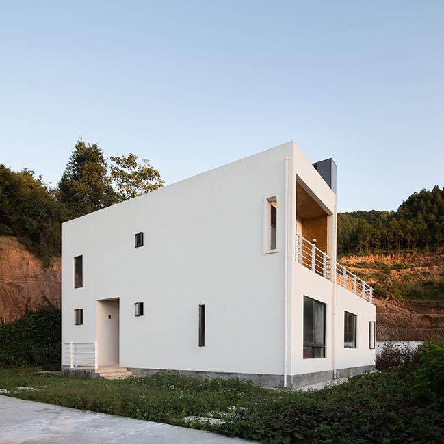 A hillside house in Ganzhou by Ming Ding Spatial Art Studio