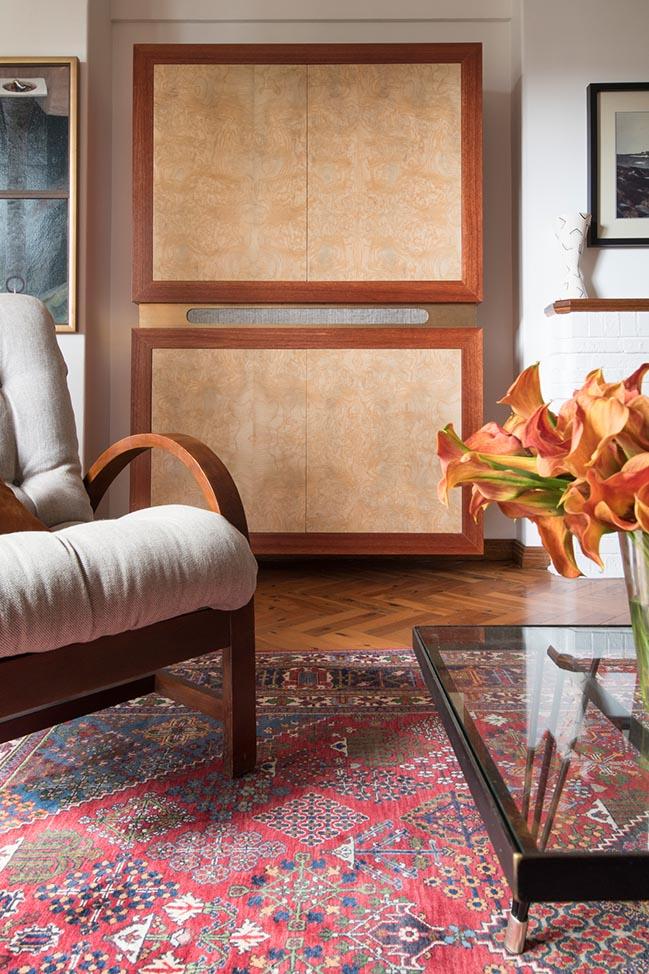Art Deco Apartment by James Allen Architect