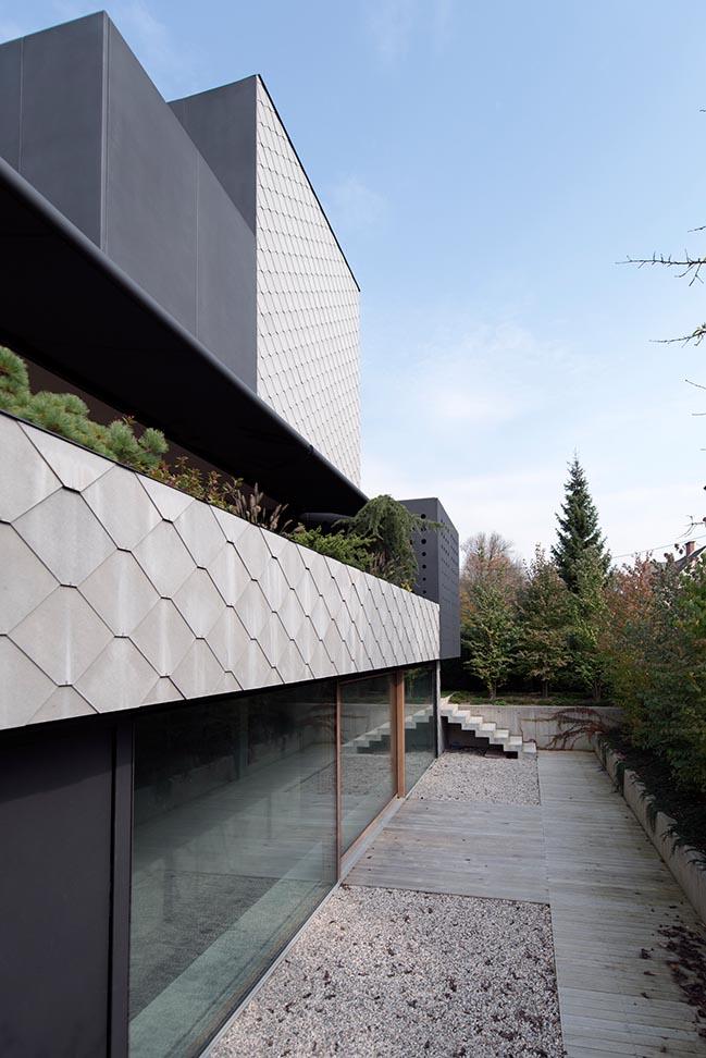 House Portico by OFIS arhitekti