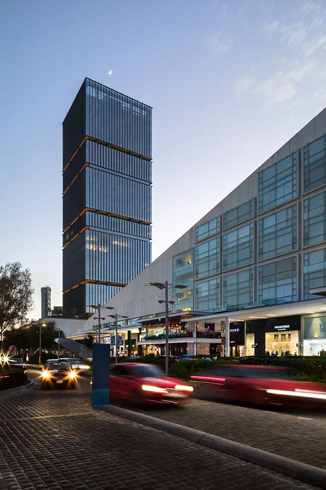 Andares Corporate Building by Sordo Madaleno Arquitectos