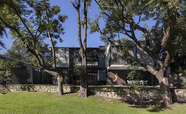 House Audisan by em-estudio