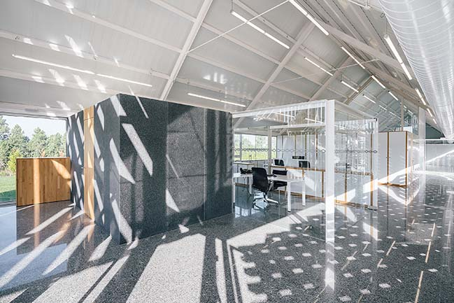 Showroom and Offices DFG-Pavestone by OLA Estudio