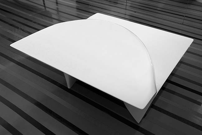 Mew Coffe Table by Zaha Hadid Design for Sawaya and Moroni