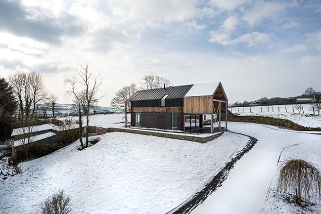 Batelease Farm by New British Design