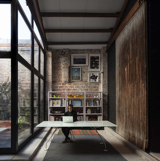 The Theatre: From a warehouse to a home by Cadaval & Solà-Morales