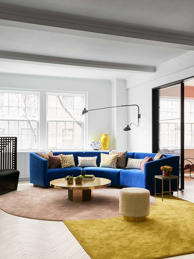 Park Avenue Prewar Apartment by Michael K. Chen Architecture