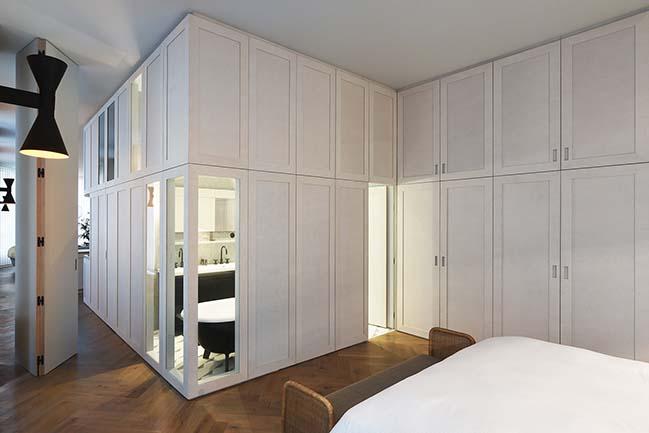 Atelier du Pont refurbish an apartment on rue Etienne Marcel in Paris