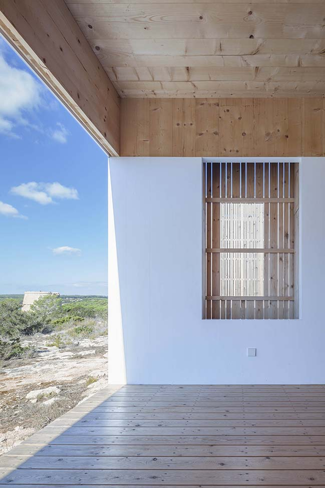 Private house in Formentera Island by Marià Castelló Architecture