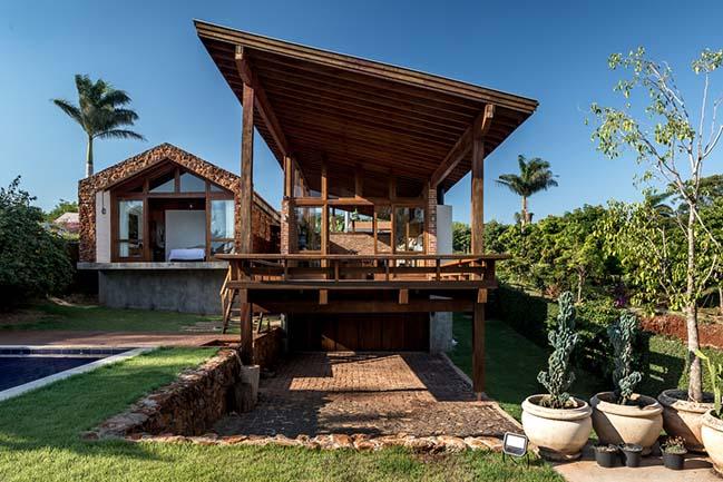 Lake House in Alvorada do Sul by Solo Arquitetos