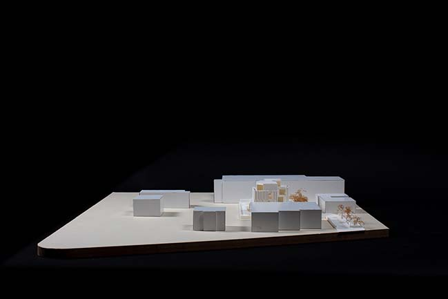 P. Headquarters by KM 429 architettura + Francesco Pergetti Architetto