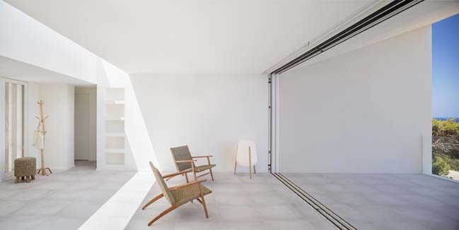 Frame House by Nomo Studio