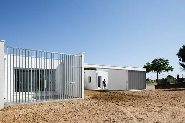 House in the Fields by Estudio ACTA
