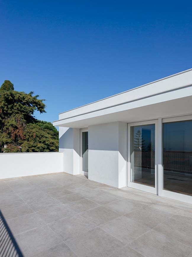 House in Restelo by aspa