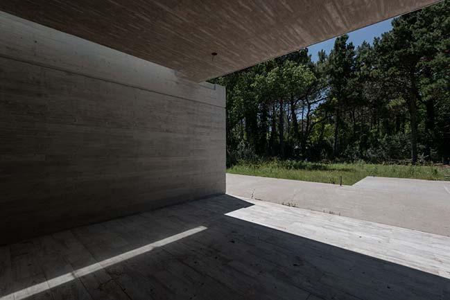 Divisadero House by Estudio Galera Arquitectura