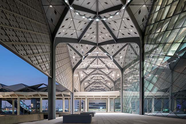 Haramain High-speed rail by Foster + Partners greets passengers for Eid