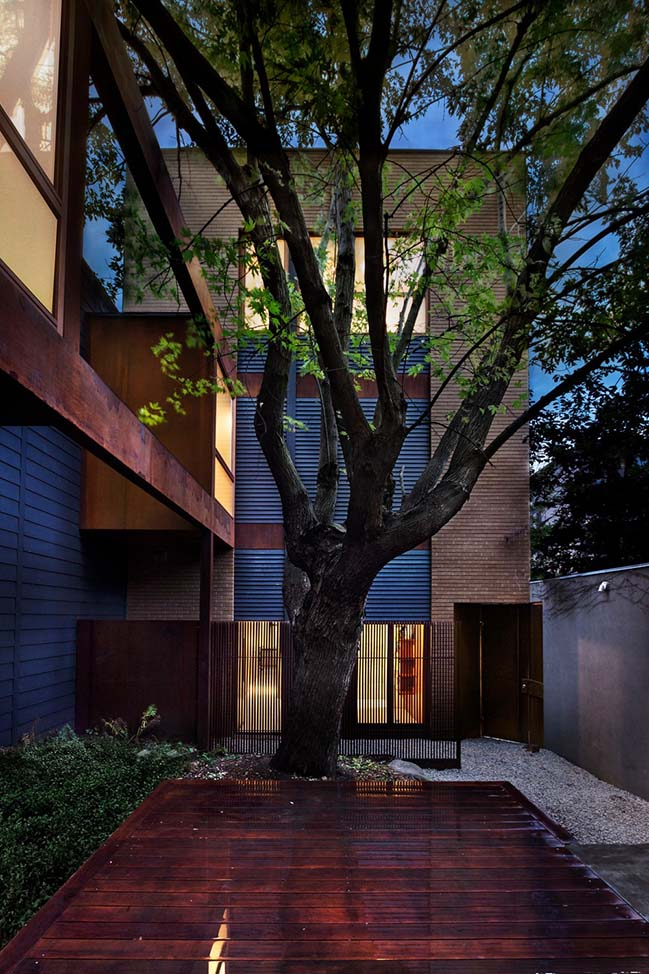 Maison Atelier in Montréal by yh2 architecture
