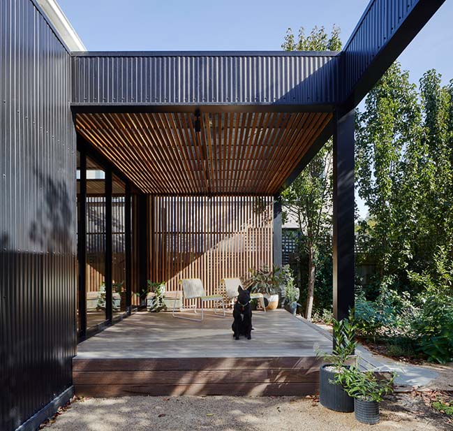 Lucky House by Kuzman Architecture
