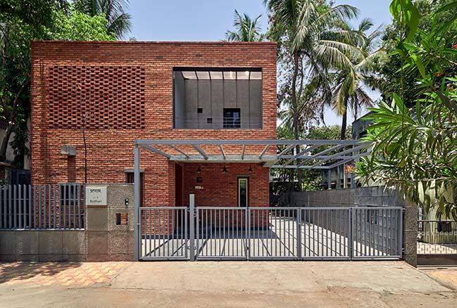 The Brick Abode by Alok Kothari Architects