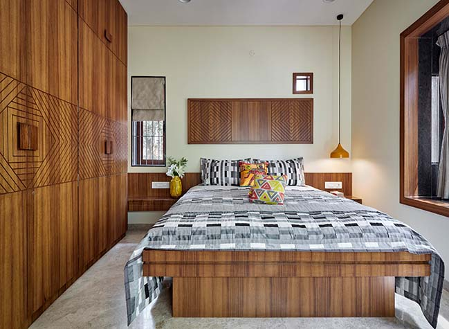 The Brick Adobe by Alok Kothari Architects