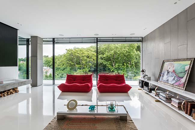 Villa Cinquecento by NAPUR Architect Ltd.