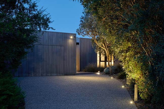 Hidden House in Inverloch by Andrew Child Architecture