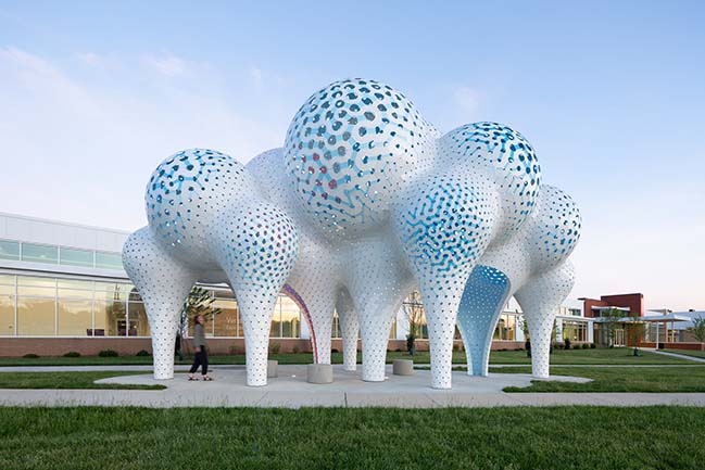Pillars of Dreams by MARC FORNES / THEVERYMANY