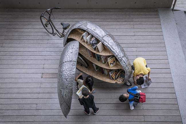 Shared Lady Beetle - A Micro Movable Library for Kids by LUO studio