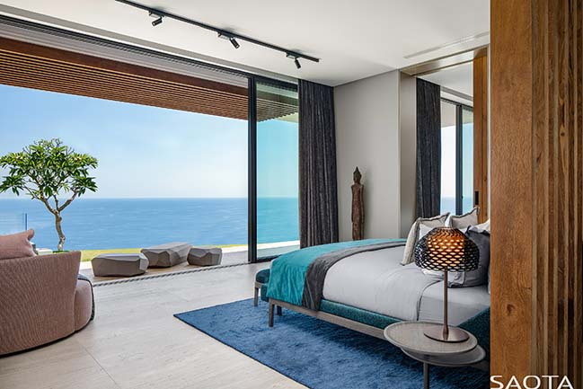 Uluwatu: resort‐inspired home in Bali by SAOTA