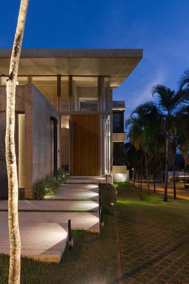 Julieta House by Steck arquitetura